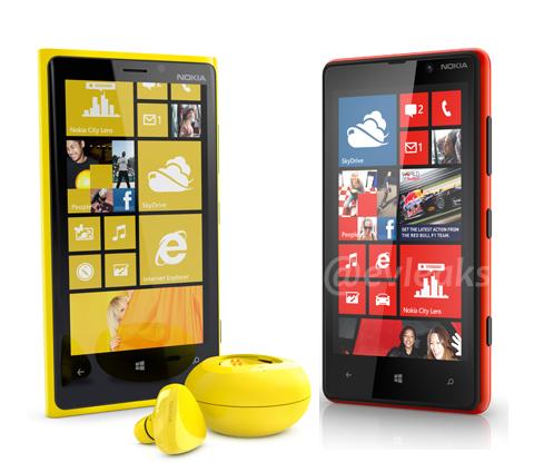 Nokian uutuusmallit: Lumia 920 ja Lumia 820.